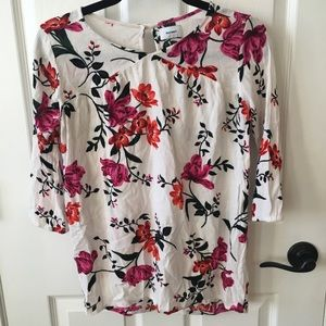 Girls 3/4 sleeve floral blouse